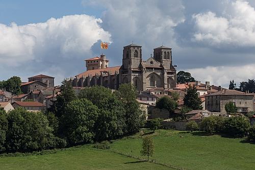 Fr 42 L Auvergne Romane Et Le Festival De La Chaise Dieu Le Puy En